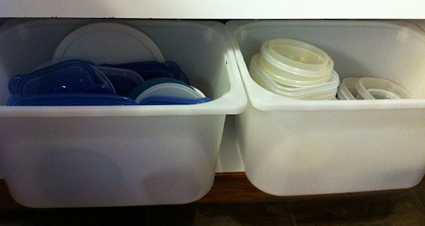 This week I suggest thinking about how you can better organize your food containers and let me know whatu0027s working for you! & Organize Your Food Storage Containers :: YummyMummyClub.ca