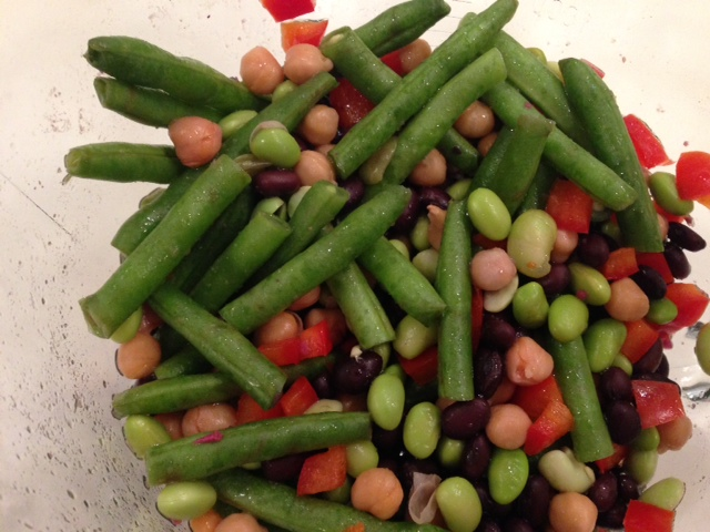 The Easiest Bean Salad You'll Ever Make! :: YummyMummyClub.ca