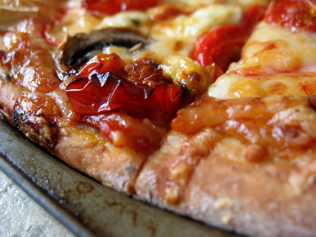 Greek Pizza with Roasted Tomatoes and Garlic Recipe ...