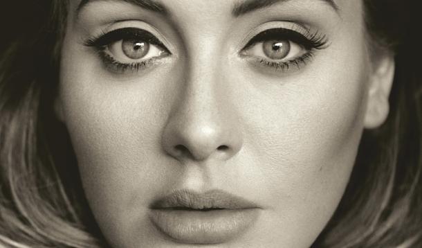 Get Adele's perfect cat eye look   YummyMummyClub.ca