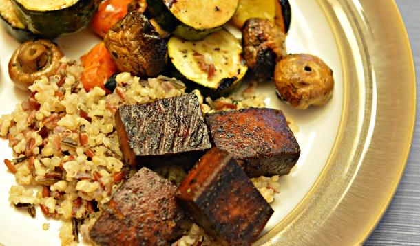 Balsamic_Glazed_Baked_Tofu_With_Grilled_Vegetables | YummyMummyClub.ca