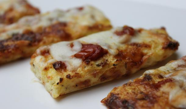 Pizza sticks made with a cauliflower crust are deceptively delicious and super nutritious