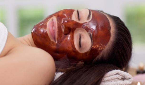 DIY_chocolate_face_mask