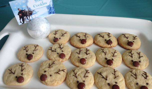 Disney-Frozen-Sven-Cookies