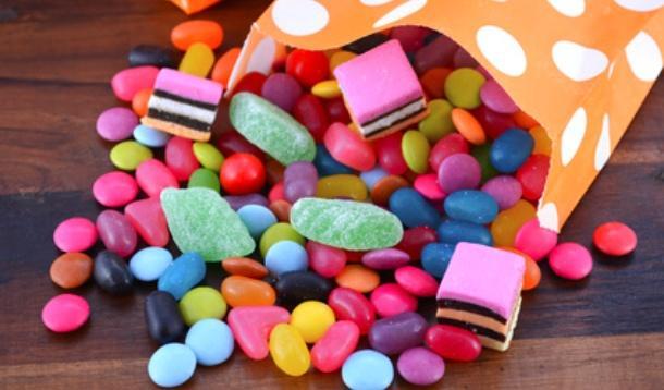 Drugs in the Halloween Candy | YummyMummyClub.ca