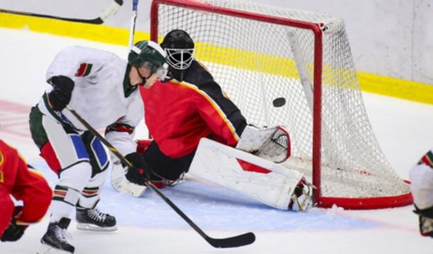 Baby injured by puck at hockey practice | YummyMummyClub.ca