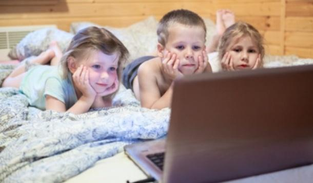 A new study suggests more parents are concerned with their children seeing nudity than violence   YummyMummyClub.ca