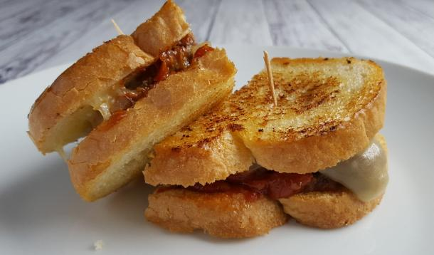 Meatloaf Grilled Cheese. It's just like a grilled cheese, except manly and so dripping-with-ketchup-and-ground-beef goodness. Great for leftover meatloaf or if you're having a bunch of guys over for the big Superbowl game. In fact, make it anytime at all.  | YMCFood | YummyMummyClub.ca