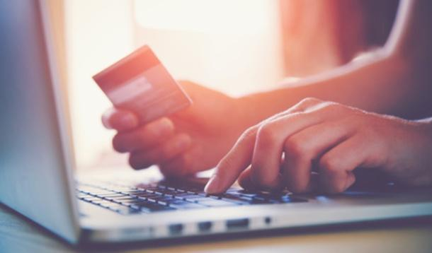 Staying safe while online shopping | YummyMummyClub.ca