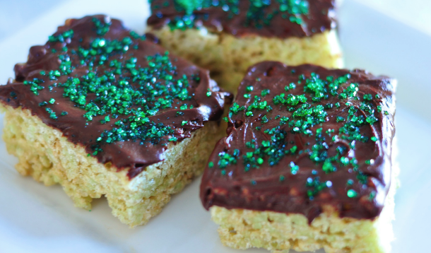 Mint Chocolate Rice Krispies Squares