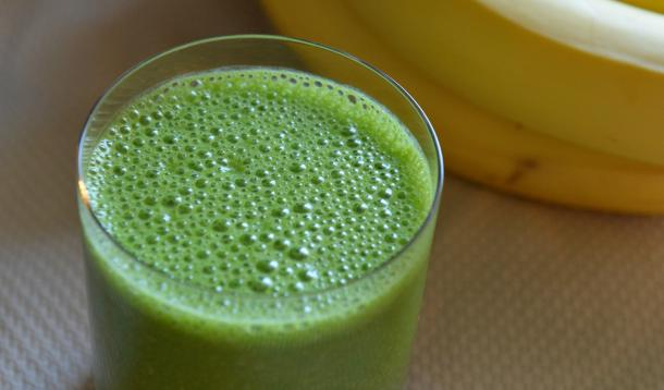 tropical_green_smoothie