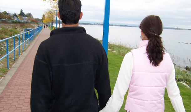 How to Stay Strong As a Couple While Parenting Little Ones -Relationships change when children arrive but there are 8 ways to ensure your marriage stays strong.| Parenting | Marriage | YummyMummyClub.ca