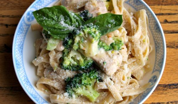 "This Weeknight Chicken and Broccoli Fettuccine Alfredo isn't just a ""save your butt on a busy weeknight"" recipe, it has two added bonuses as well! 