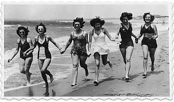 Retro women in bathing suits on the beach