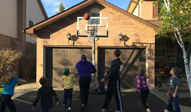 Getting Kids to be Active - on a Budget | YummyMummyClub.ca