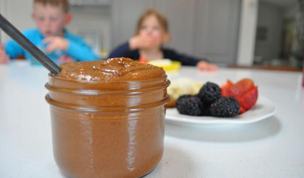 Chocolate almond butter | YummyMummyClub.ca