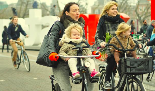 Don't Worry, Be Dutch:Have the Dutch discovered the secret to happiness? It sure looks like it | Parenting |YummyMummyClub.ca