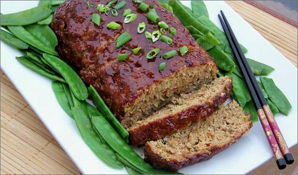 Asian Style Hoisin Glazed Meatloaf Recipe :: YummyMummyClub.ca