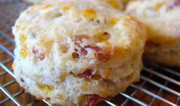 Bacon Cheddar Sage Biscuit Recipe :: YummyMummyClub.ca