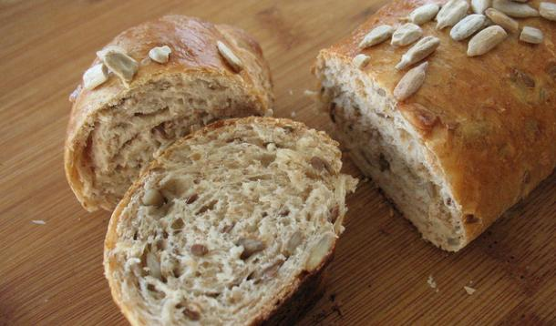 Whole Wheat Sunflower Baguettes Recipe :: YummyMummyClub.ca