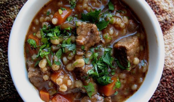 Beef Barley Soup Recipe :: YummyMummyClub.ca