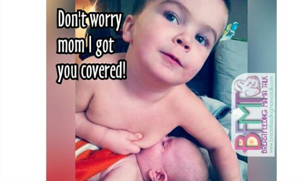 Toddler pretends to breastfeed baby sibling | YummyMummyClub.ca