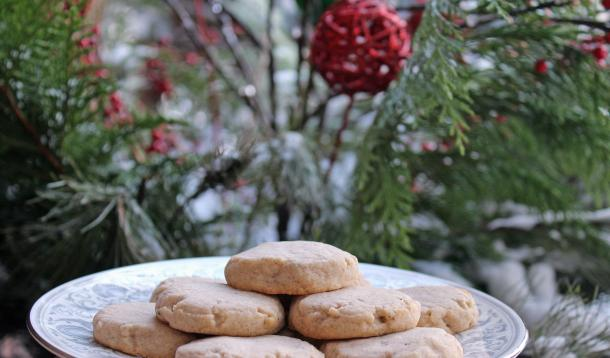 Scrumptious shortbread cookies flavoured with chai spices take just 10 minutes to make