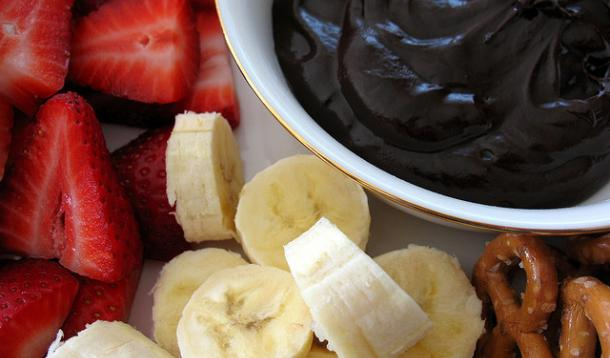 Bailey's Dark Chocolate Fondue Recipe