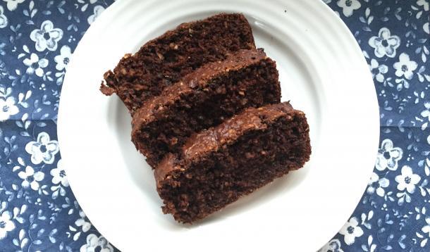 Chocolate Oatmeal Zucchini Loaf | YummyMummyClub.ca