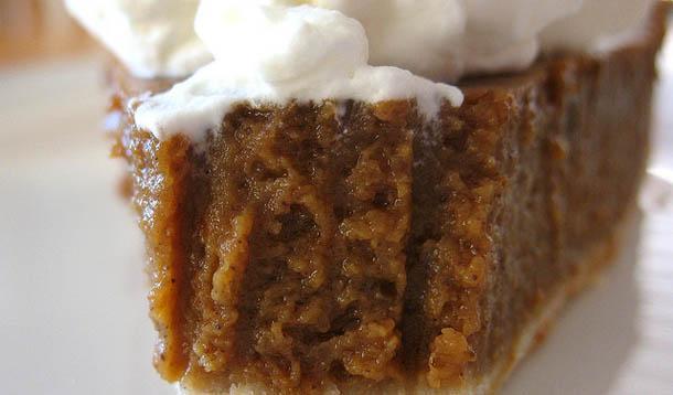 easy_pumpkin_pie_recipe.jpg?itok=-ycJGiBg