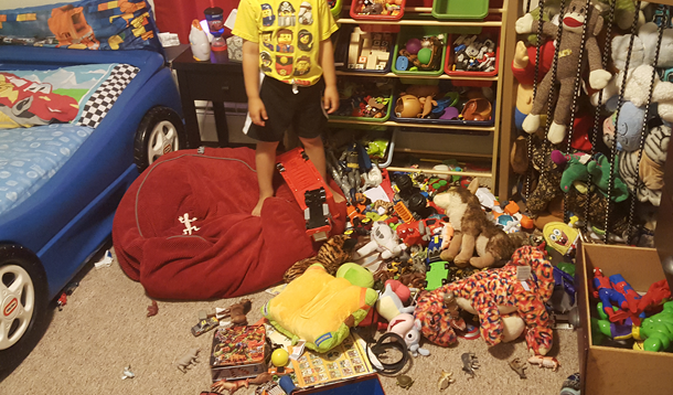 It\'s Totally Okay to Let Your Kids Keep Their Rooms a Messy ...
