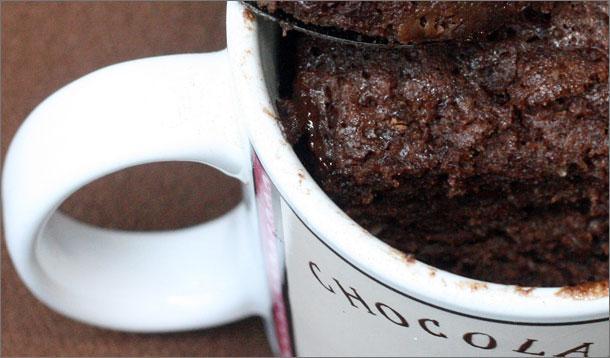 Yummy GrandMummy 5-Minute Chocolate Cake