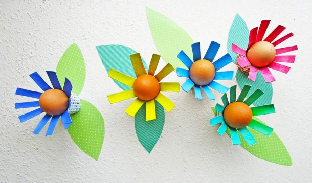 Kick your Easter decor up a notch with these DIY toilet paper roll Floral Egg Holder crafts that your kids will have a blast making | Art | YummyMummyClub.ca
