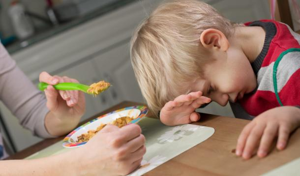 Eight Dietitian (and mom!)-approved strategies that will help! | Nutrition | Parenting | YummyMummyClub.ca