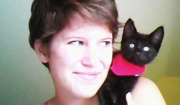 woman needing crowdfunding for eating disorder