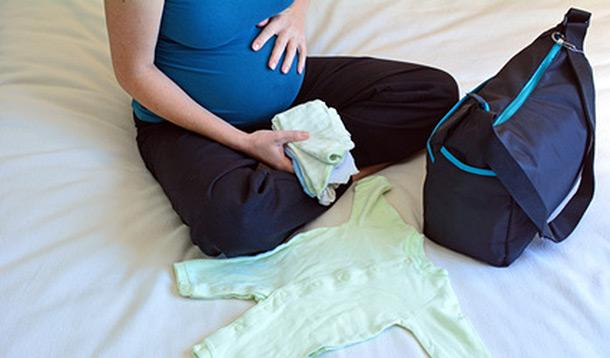 5 Must-Pack Items for Your Maternity Hospital Bag