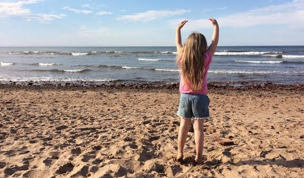 Here are 18 Activities Kids Are Guaranteed to Love at Ontario's Southwest Beaches | YMCTravel | YummyMummyClub.ca