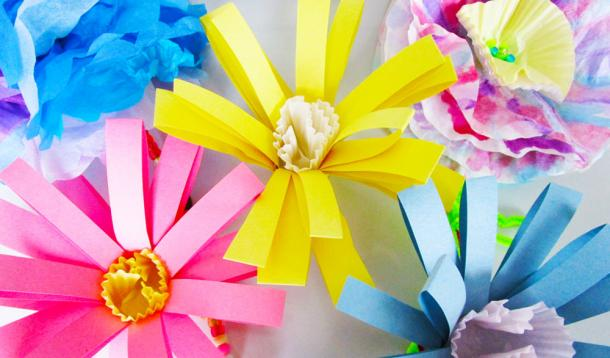 Cut flowers are beautiful. Until they aren't. So ask for these beautiful kid-crafted flowers instead for Mother's Day. | DIY | Crafts | YMC