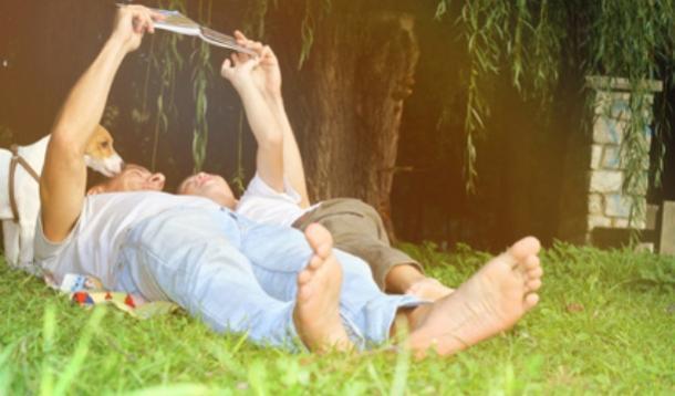 Reading together with older children | YummyMummyClub.ca