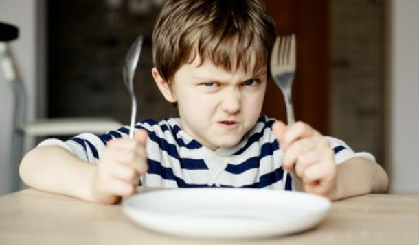 link between anxiety and refusing to eat
