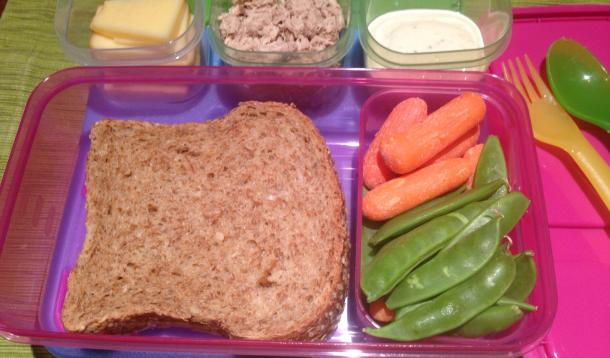 6 Food Safety Rules To Follow When Packing School Lunches