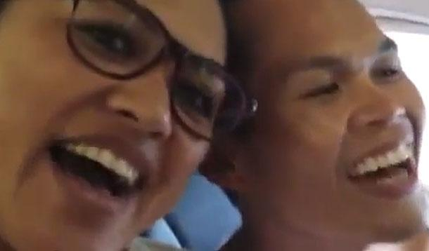 singers on plane