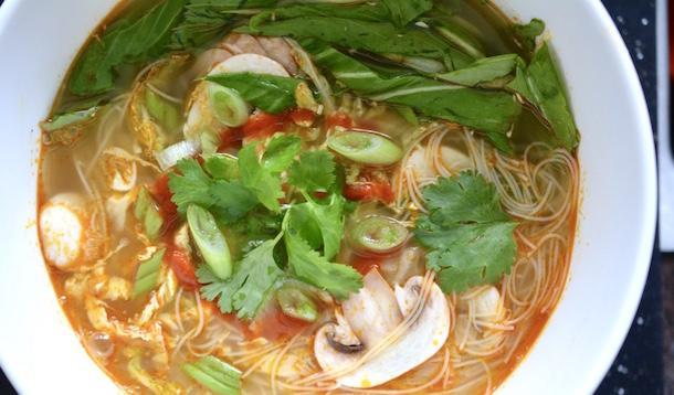 thai style soup recipe | YummyMummyClub.ca