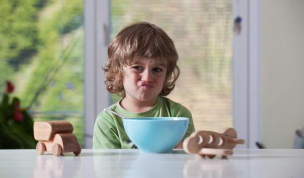 10 Reasons your kid isn't eating his dinner | YummyMummyClub.ca