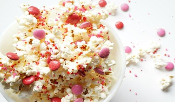 Valentine's Day Party Popcorn | YummyMummyClub.ca
