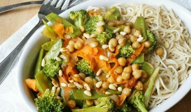 Vegetable stir fry is one of those staple recipes that become the foundation of our culinary lives. | Vegetarian & Vegan | YMCFood | YummyMummyClub.ca