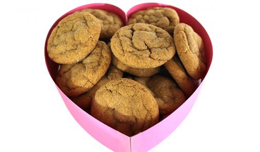 Chewy Molasses Ginger Cookies: A Sweet Way to Show Your Love
