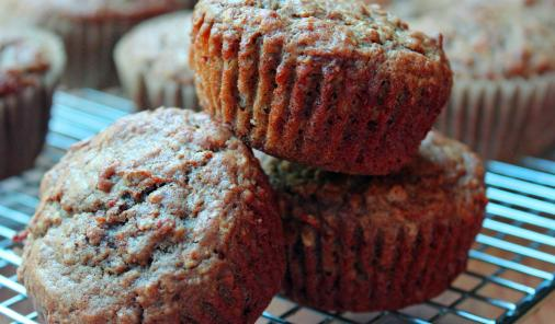 Healthy Carrot, Oats and Cinnamon Muffins