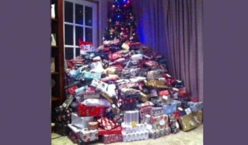 Mom Buys Over 200 Christmas Gifts | YummyMummyClub.ca