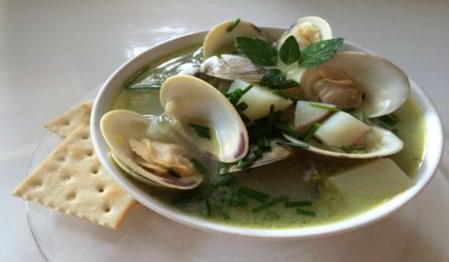 Maine style clam chowder recipe